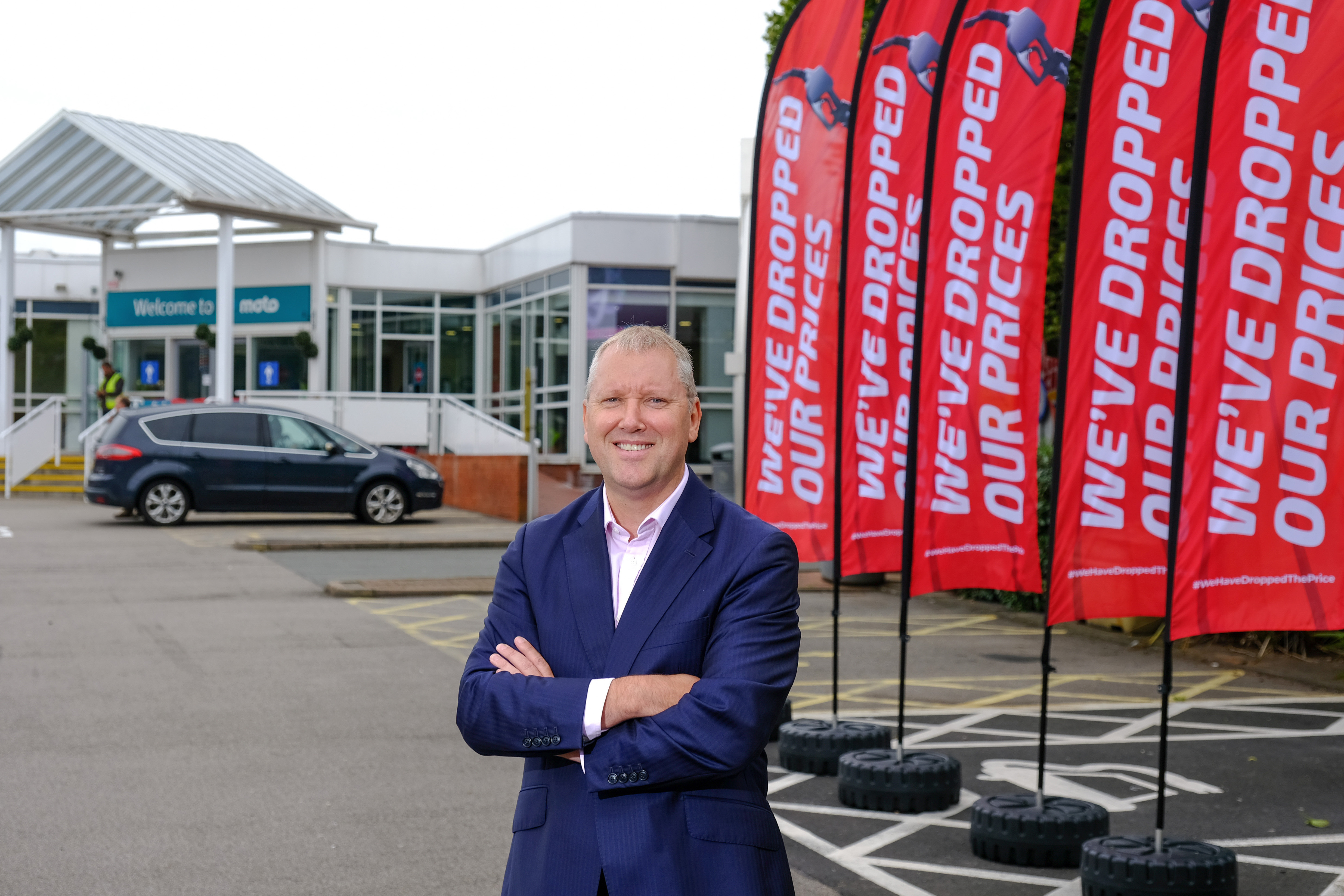 Moto Hospitality Chief Executive Ken McMeikan launches fuel price drop campaign - 780x520