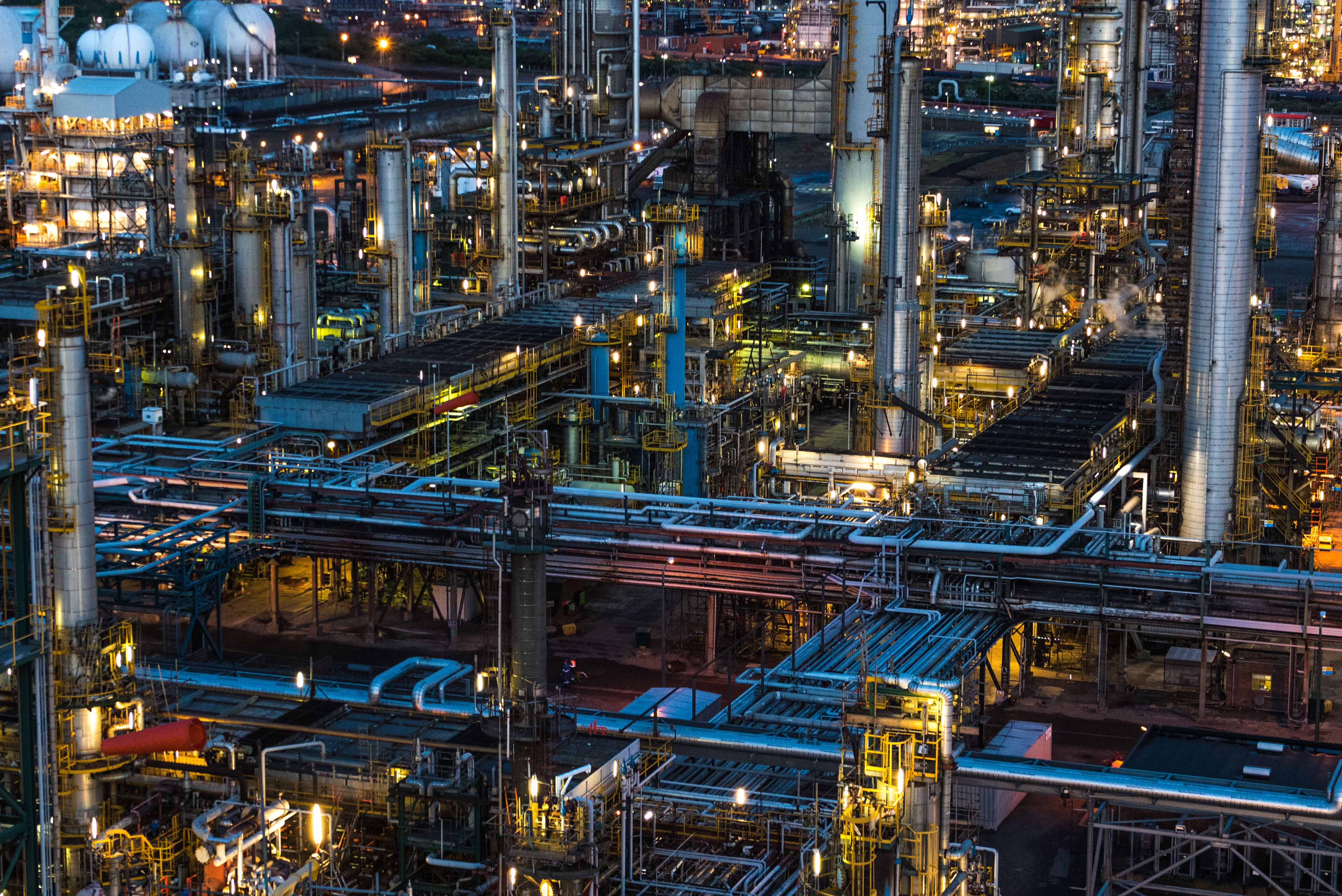 Lindsey-Oil-Refinery-At-Dusk